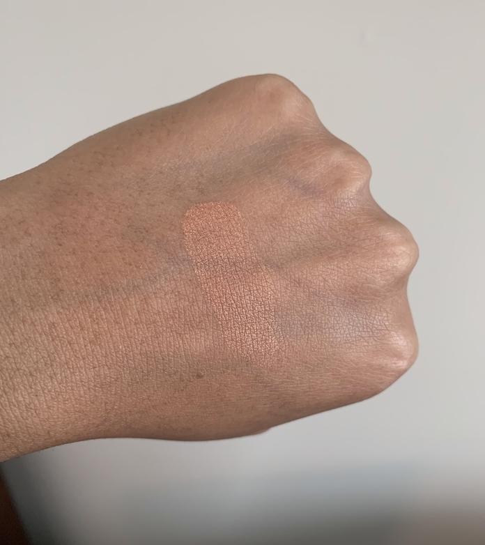 MAC mineralize skinfinish cheeky bronze highlighter swatch on medium dark skin