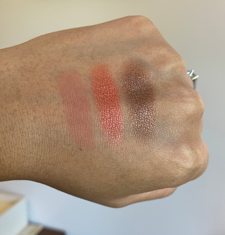 Juvias place nubian 3 coral eyeshadow swatches color combos on medium dark skin