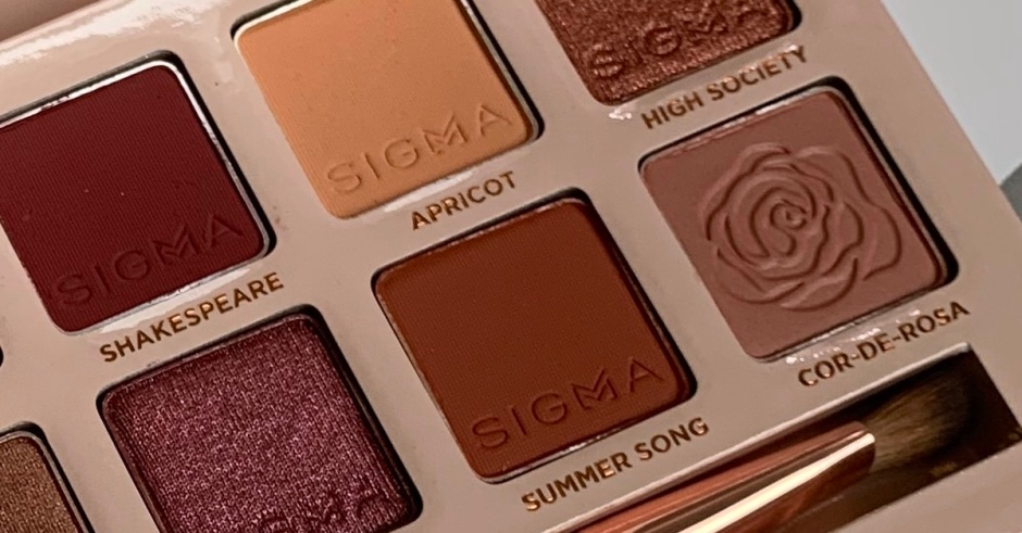featured Sigma cor de rosa eyeshadow palette swatches