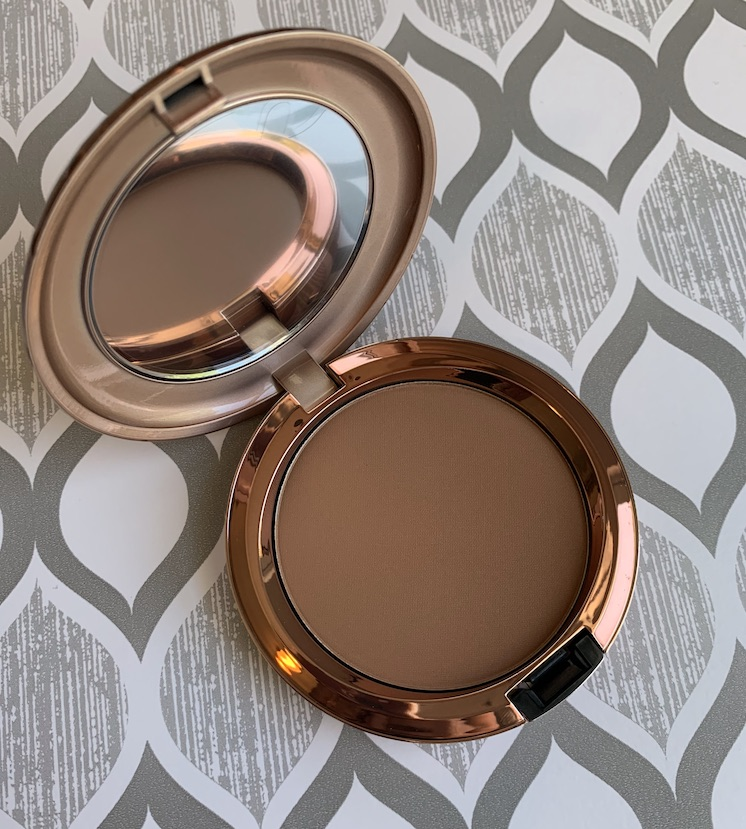 Mac Bronzer Collection Radiant Matte Bronzing Powder in Totally Taupeless