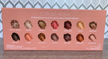 Sigma cor de rose eyeshadow palette swatches on medium dark skin