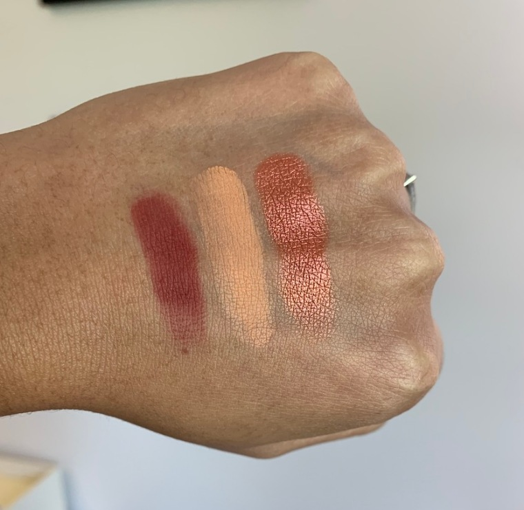 Sigma cor de rosa eyeshadow palette swatches on medium dark skin