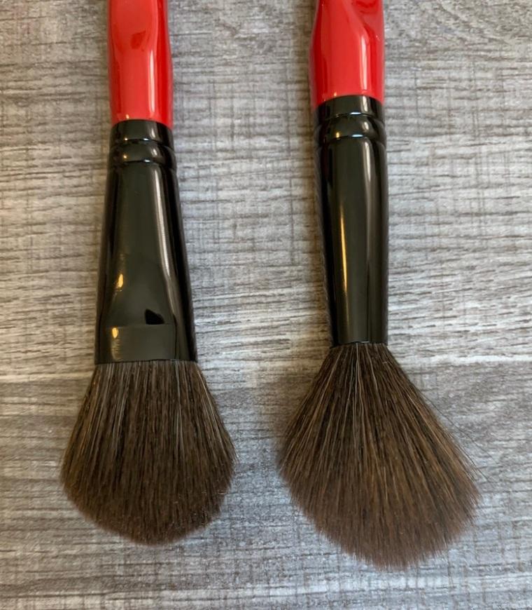 Smashbox Precise Cheek Brush and Smashbox Buildable Cheek Brush