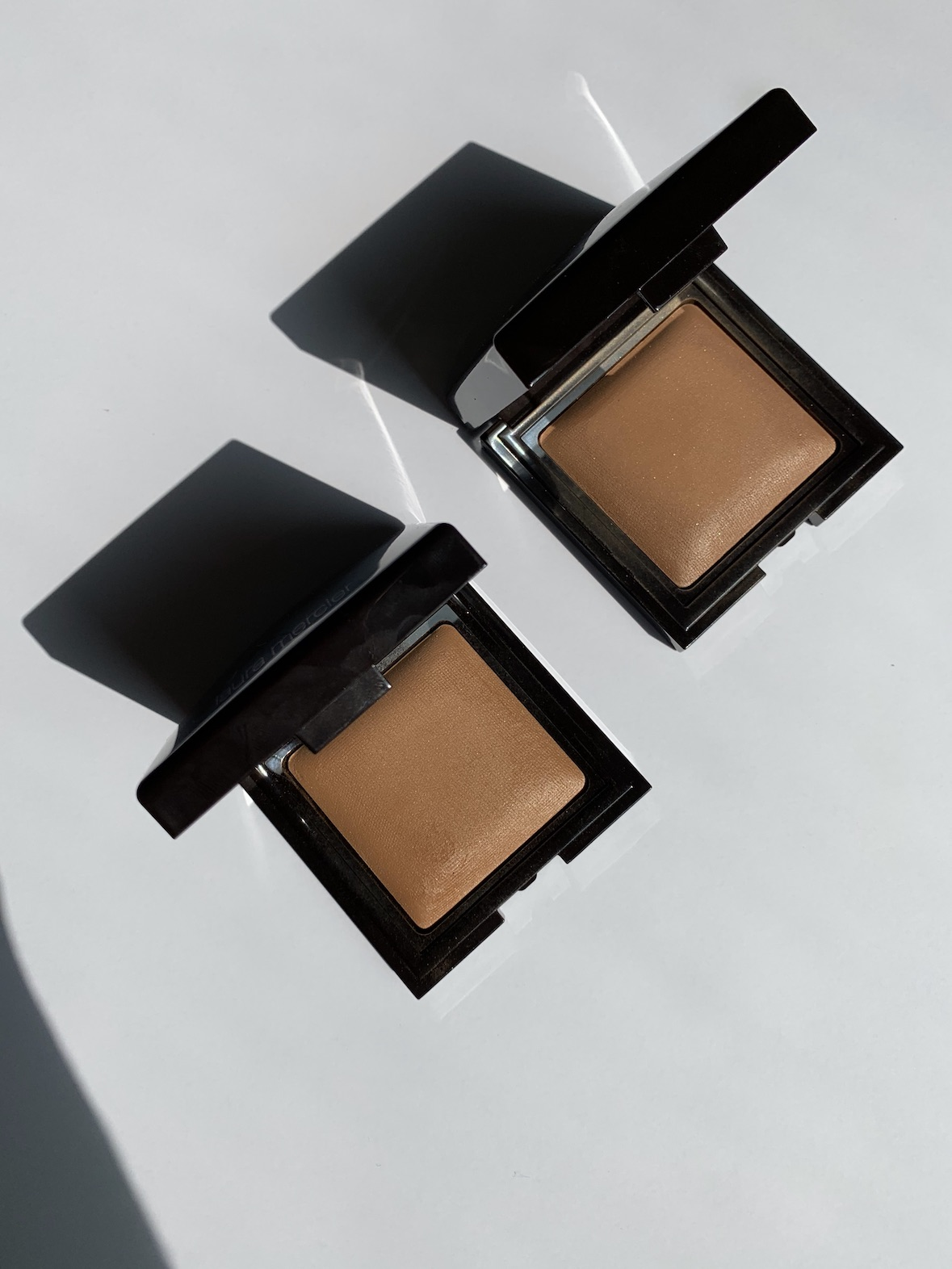 Laura Mercier Candleglow Sheer Perfecting Powder Shades 4 and 5