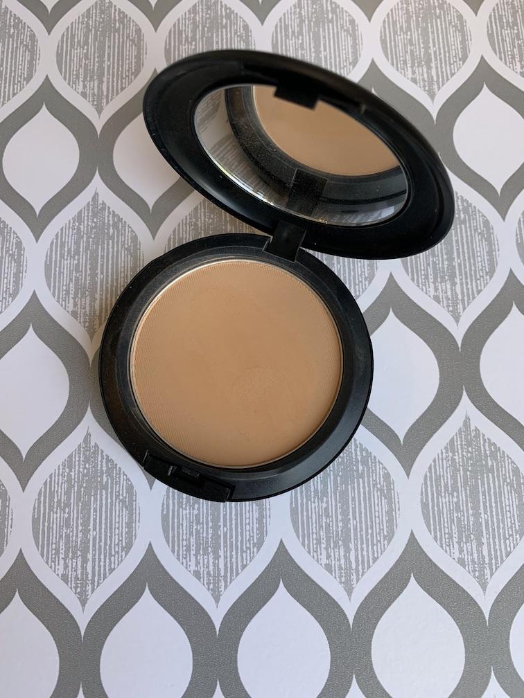 MAC Studio Fix Powder Plus Foundation in C6 swatches medium dark skin