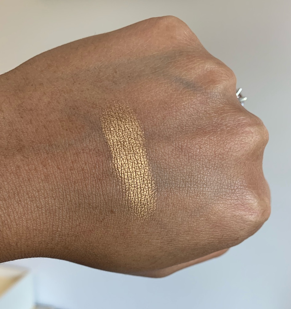 Lancome Color Design Eyeshadow in Gold Lamé Swatch