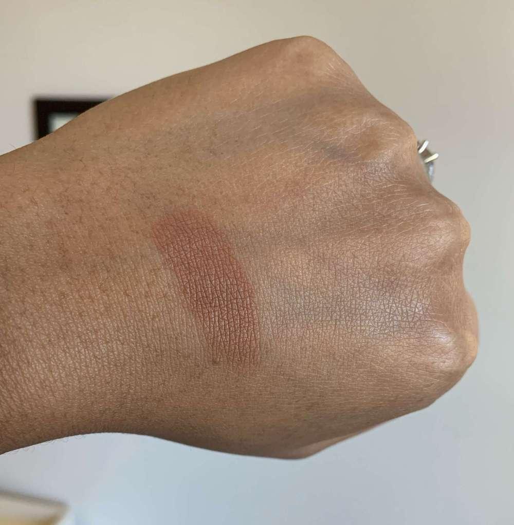 NARS Matte Bronzing Powder Samoa bronzer swatch dark skin