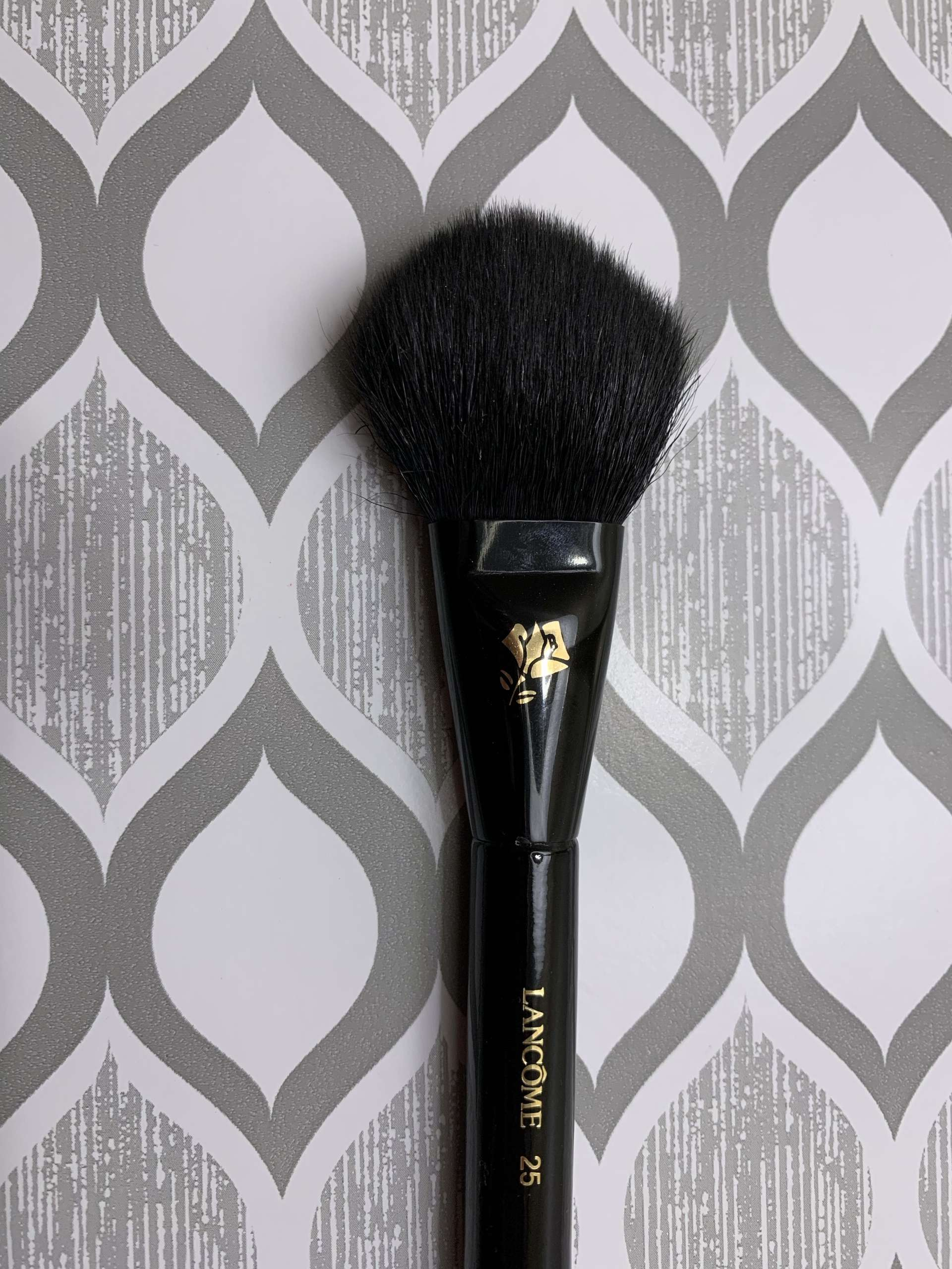 Lancome cheek and contour brush 25 review