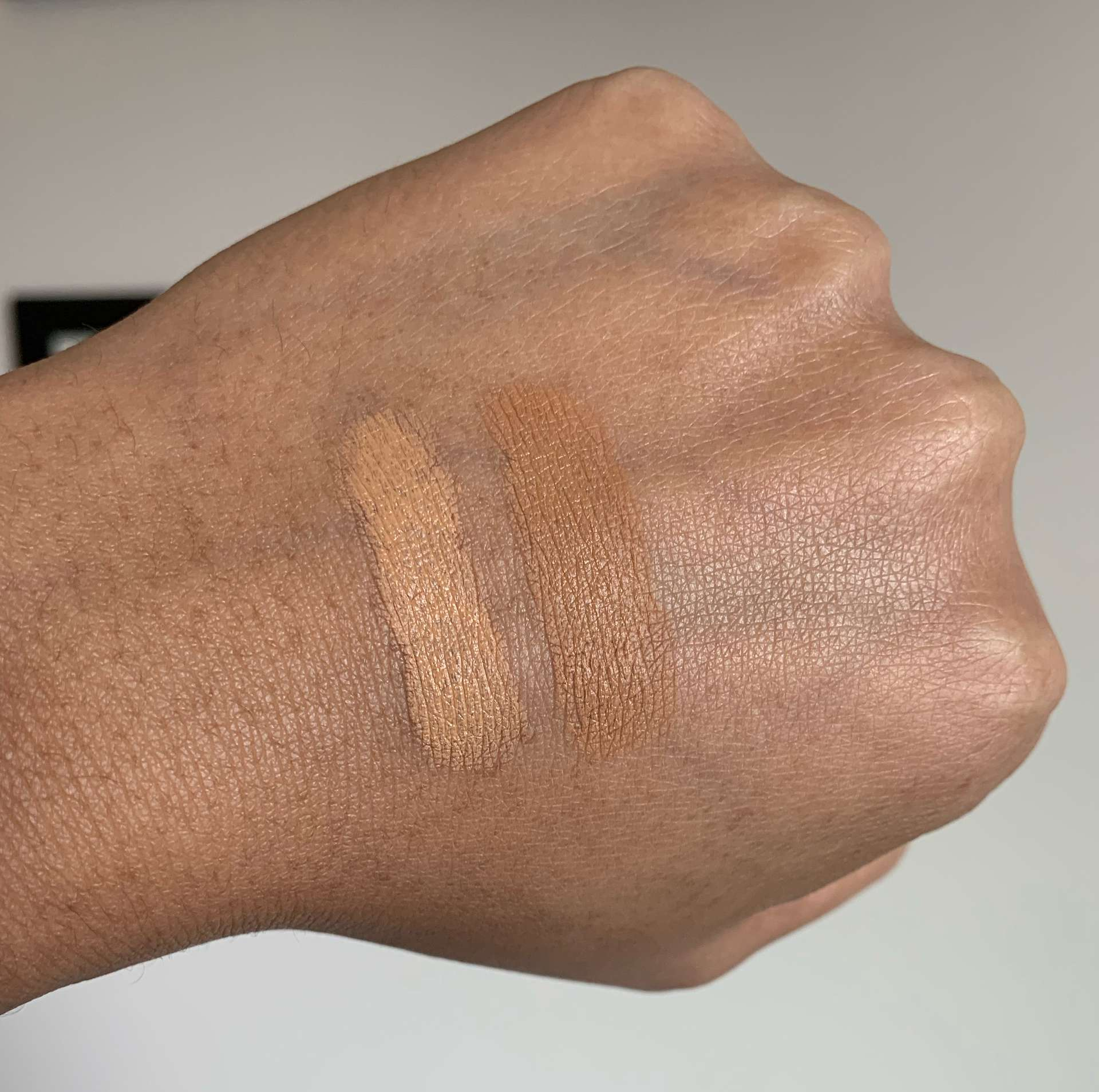 Lancome Teint Idole Ultra Stick Foundation 415 Bisque W and 435 Bisque W swatches