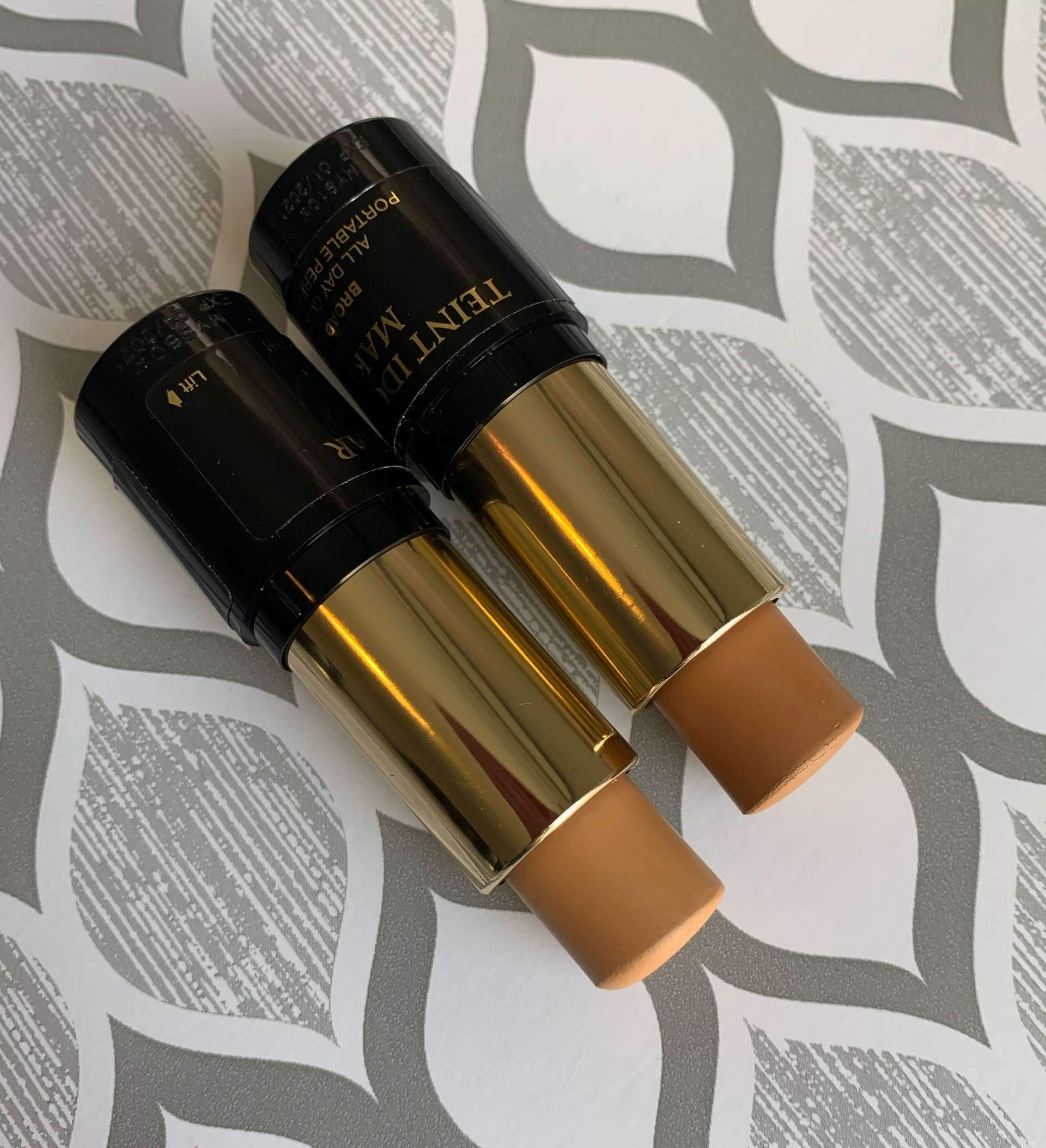 Lancome Teint Idole Ultra Stick Foundation 415 Bisque W and 435 Bisque W