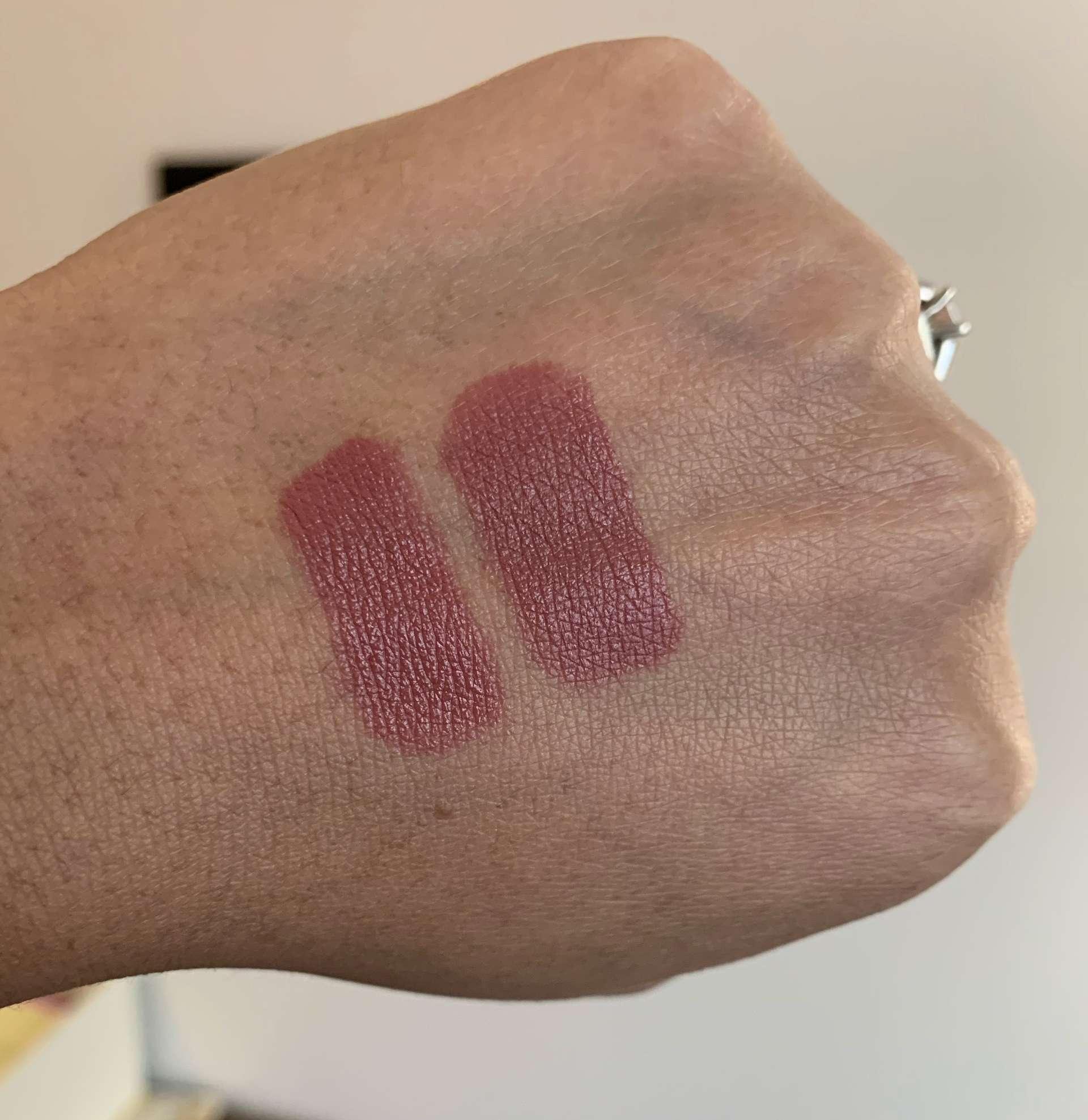 bareMinerals Mineralist Hydra Smoothing Lipstick presence vs MAC Mamastarrr lipstick swatches dark skin