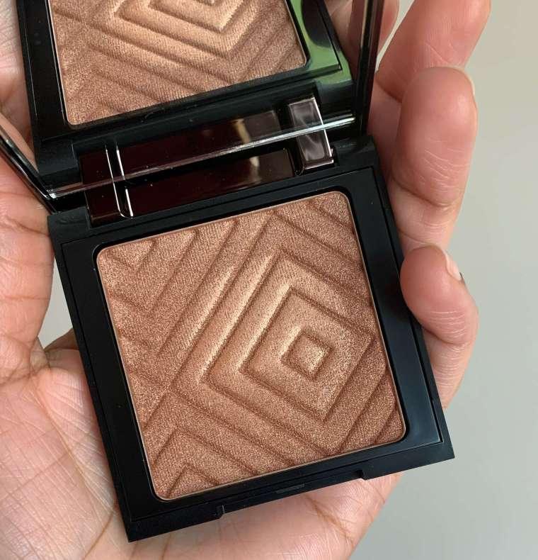 Makeup Geek Highlighter Firework Swatch dark skin