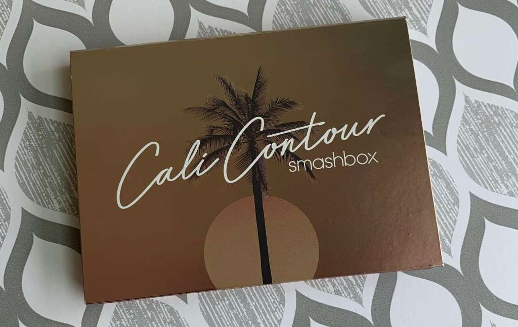 Smashbox Cali Contour Medium-Dark Palette swatch dark skin