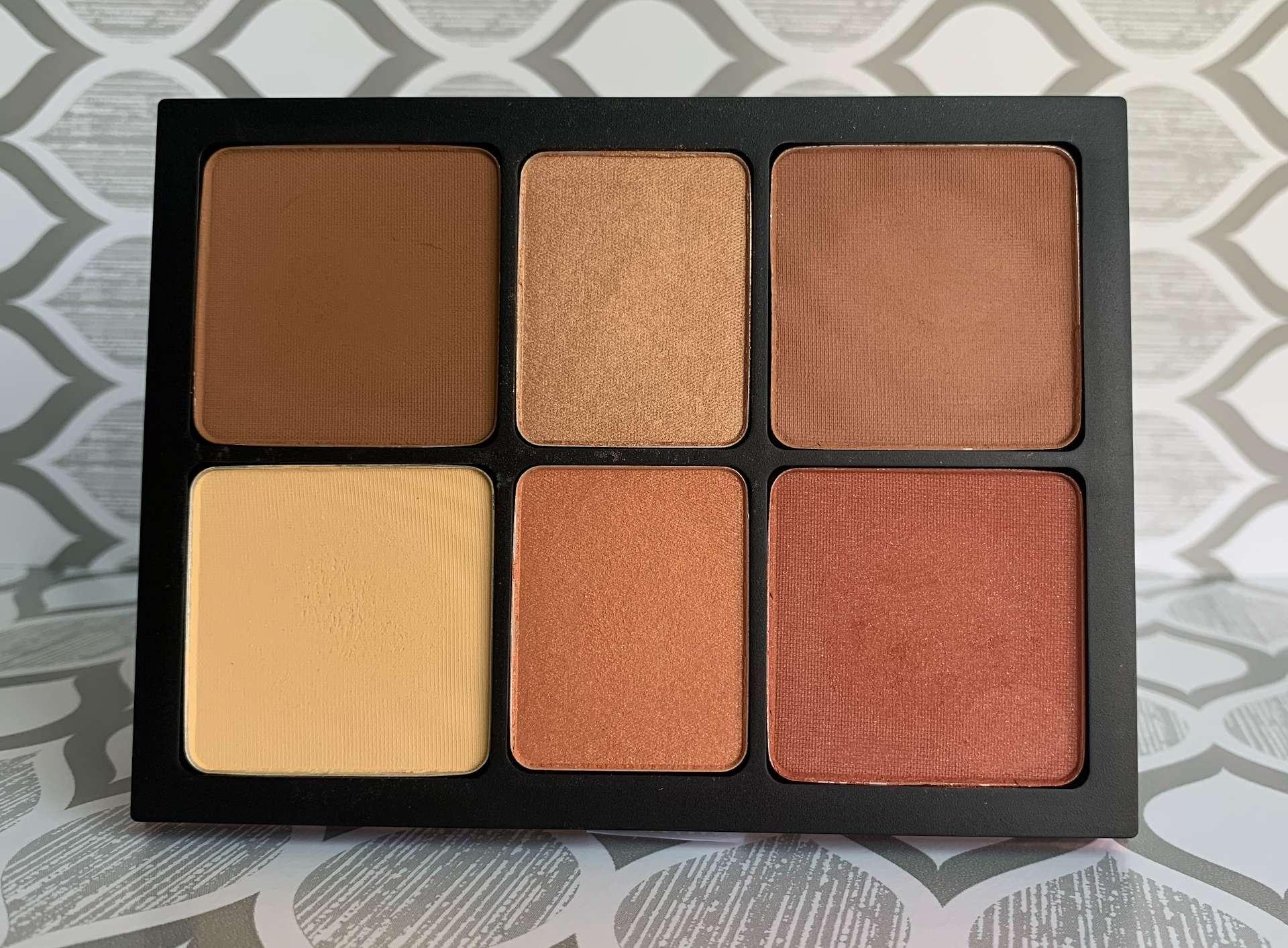 Smashbox Cali Contour Medium-Dark Palette swatches dark skin